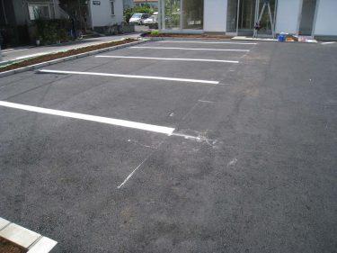駐車ライン